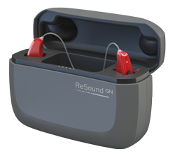 Das LiNX Quattro von ReSound in einer Ladebox
